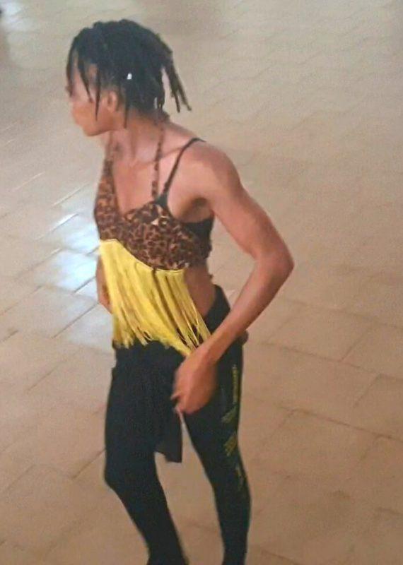 Danza africana Avanzando-Somonuku-Mawa Camara